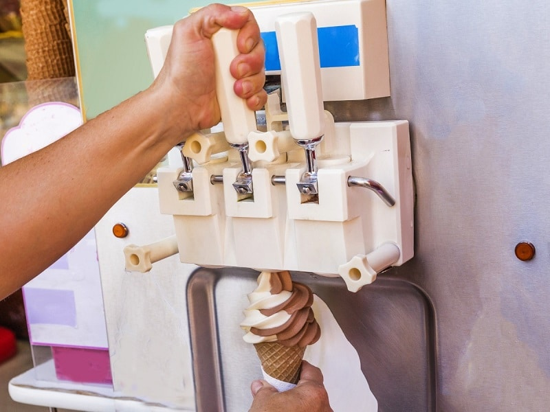 tips when buying ice cream equipment